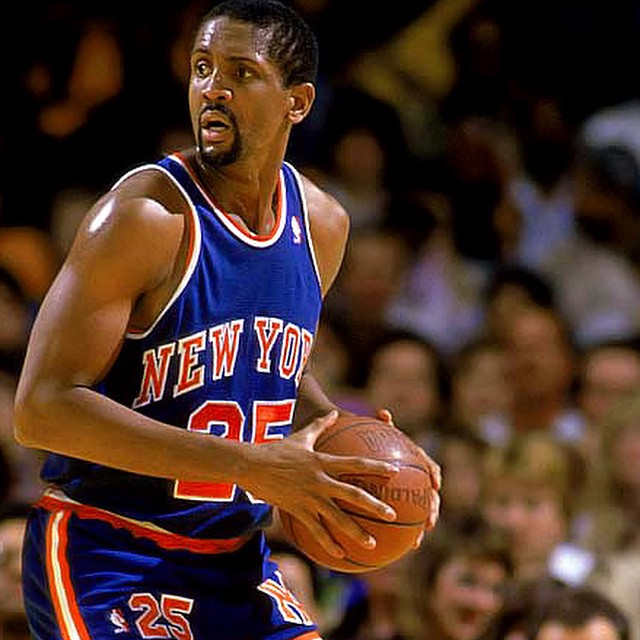 Former #NYKnicks center Bill Cartwright will be a guest on the show tonight. Be sure to tune us in on Long Island's AM1240-WGBB, or listen online at sportstalk1240.com! #NYK #NBA